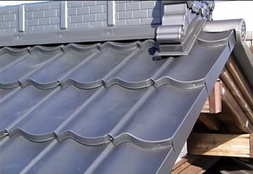 瓦調ガルバリウム鋼板