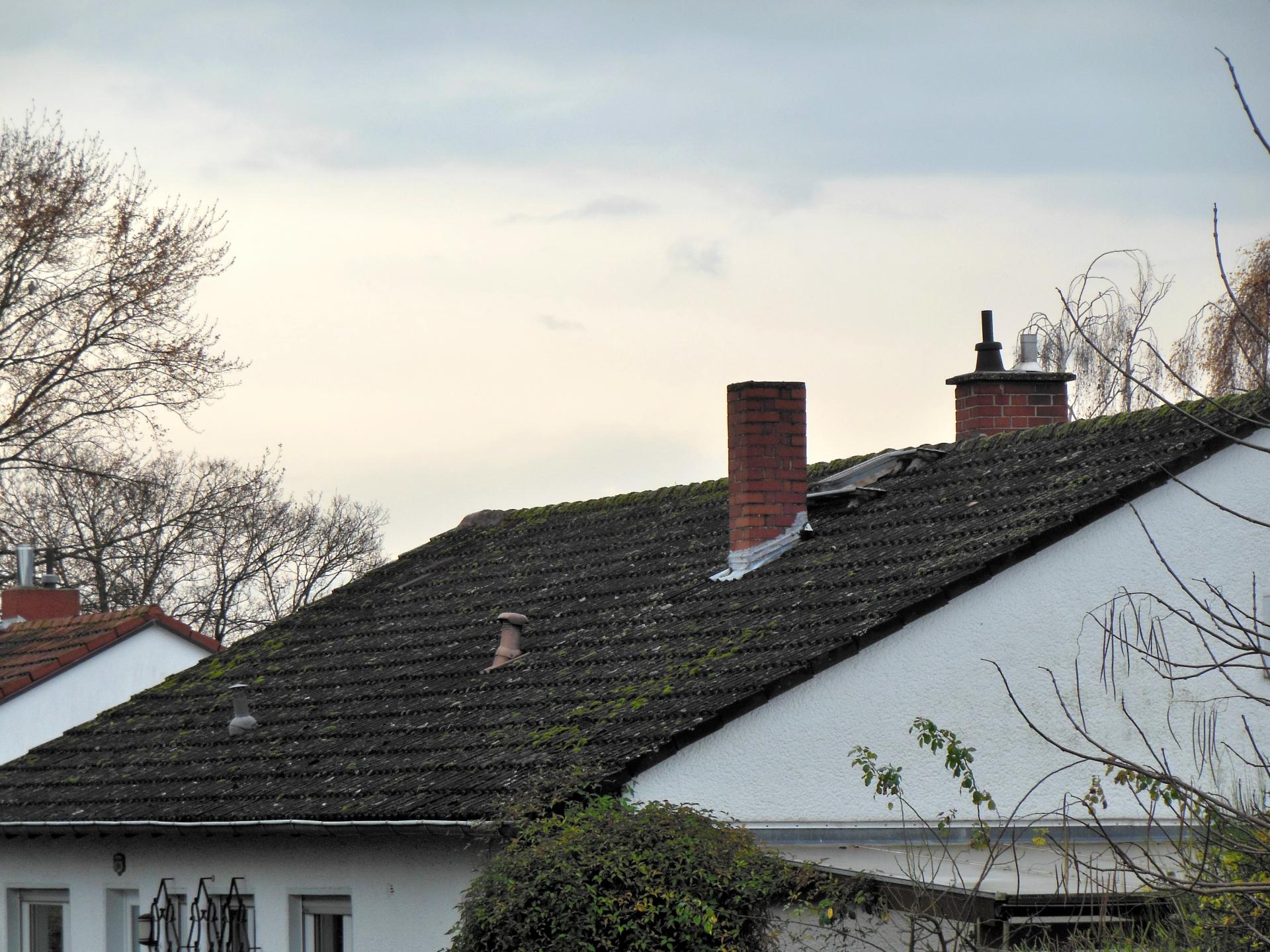 屋根塗装とカバー工法