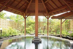 草津温泉の屋根